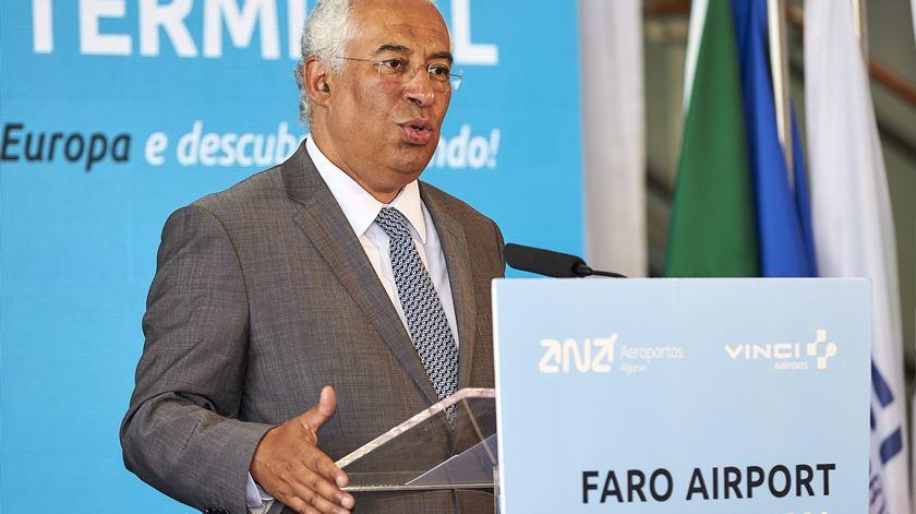 O primeiro-ministro presidiu, em Faro, à cerimónia de inauguração do novo terminal do aeroporto. Foto: Ricardo Nascimento/Lusa
