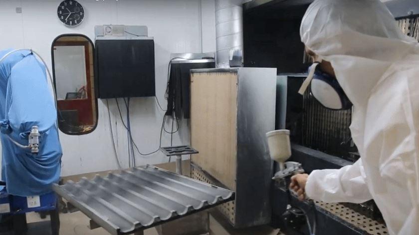 Criado em Portugal robô pintor que colabora com humanos para aumentar produção e eficiência