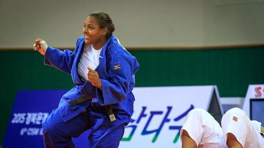 Rochele Nunes vai lutar pela medalha de bronze