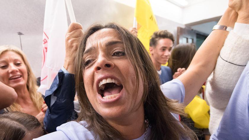 Luísa Salgueiro em festa. Foto: Rui Farinha/Lusa