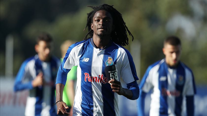 Romário Baró é novidade no treino do FC Porto