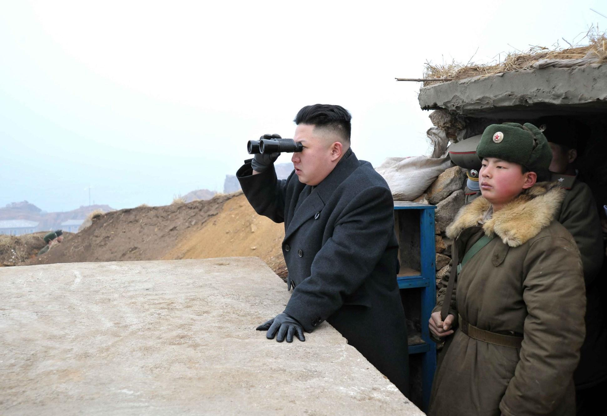 Pyongyang dispara novo míssil e atinge Japão