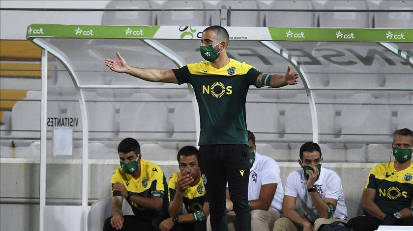 """Rúben Amorim: """"Jogadores do FC Porto têm mais jogos na Europa que alguns do Sporting no campeonato"""""""