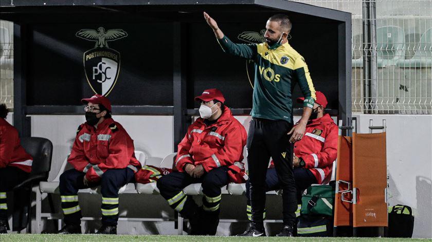 Sporting procura encurtar desvantagem para o Benfica na receção ao Gil Vicente