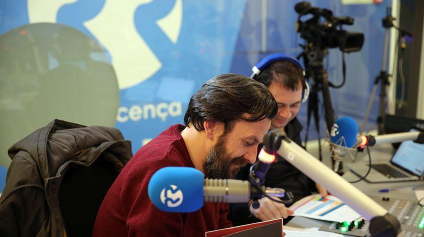 O comentador desportivo Rui Tovar com o jornalista José Pedro Frazão