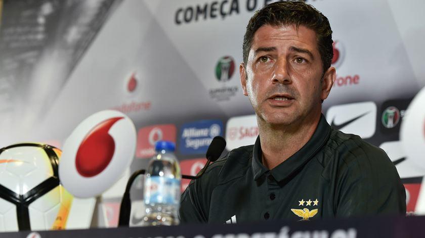 """Benfica espera """"jogo difícil"""" em Chaves"""