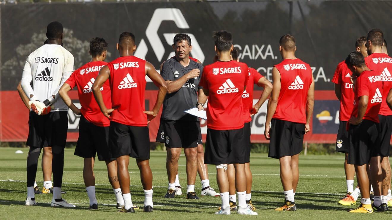 Salvio e Grimaldo sem limitações, André Almeida e Krovinovic treinam à parte