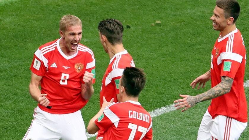 Gazinskii marcou o primeiro golo do Mundial 2018. Foto: EPA