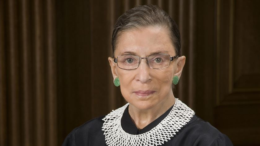 Ruth Bader Ginsburg é uma das juízas liberais do Supremo. Foto: DR