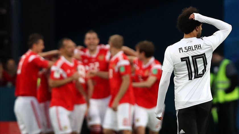 Insaciável Rússia aniquila Egito de Salah