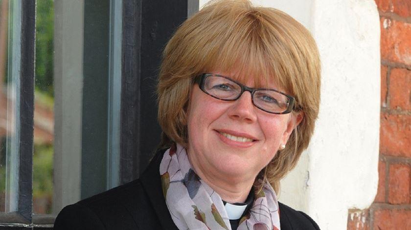 Sarah Mullally, bispo Anglicana de Londres. Foto: EPA