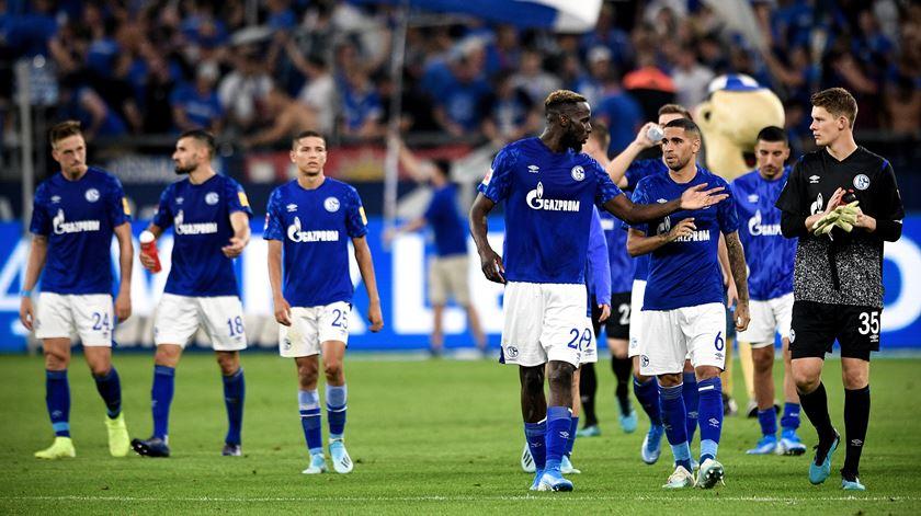 Schalke 04 goleia Paderborn