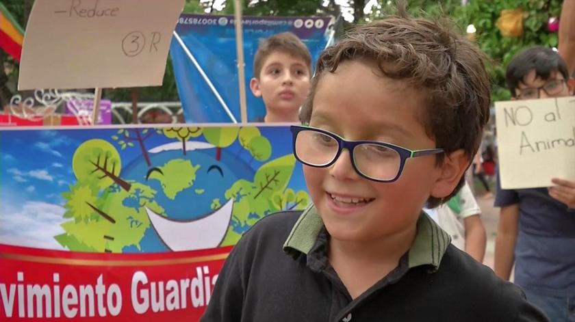Francisco tem dez anos e quer salvar o planeta das alterações climáticas