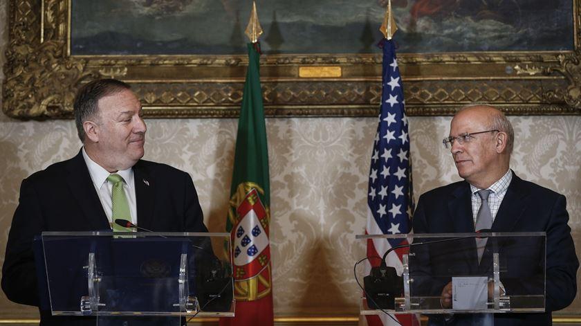 Pompeo avisa contra 5G chinesa, Portugal mostra-se tranquilo