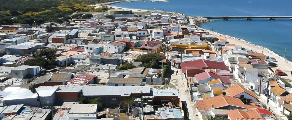 Segundo Torrão. Viver num bairro de lata no século XXI