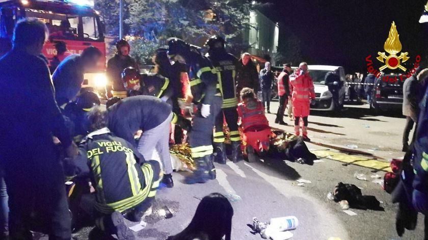 Seis mortos em incidente numa discoteca italiana. Foto: Bombeiros de Italia