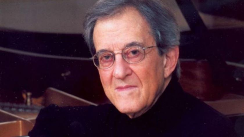 Morreu pianista Sequeira Costa aos 89 anos