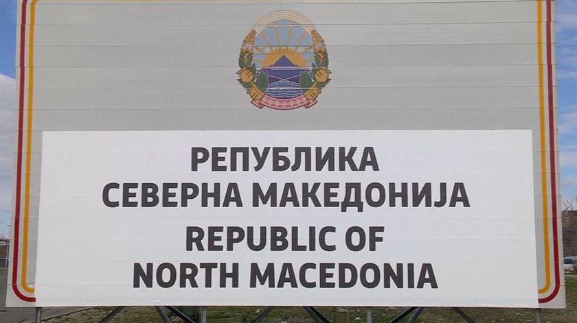 Com novo nome, a Macedónia do Norte já começou a atualizar a sinalização
