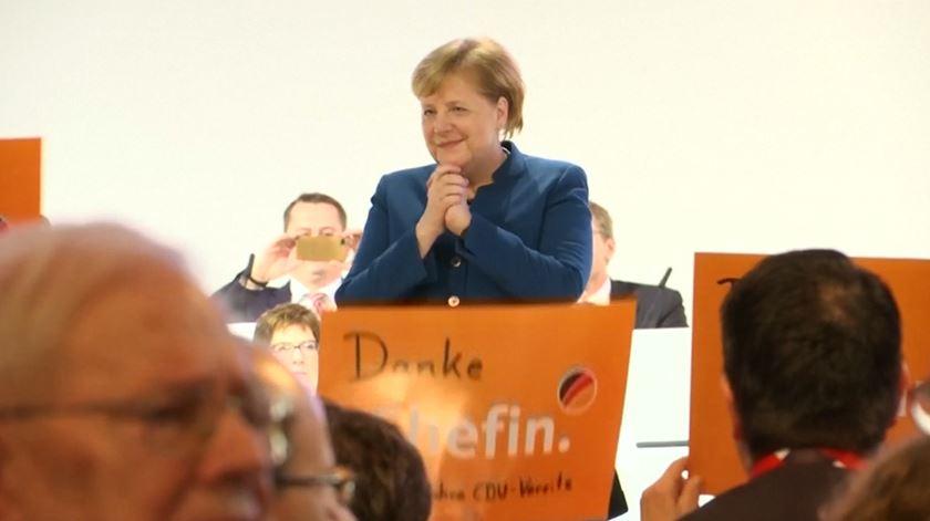 """O adeus emotivo de Angela Merkel. """"Foi uma honra"""""""