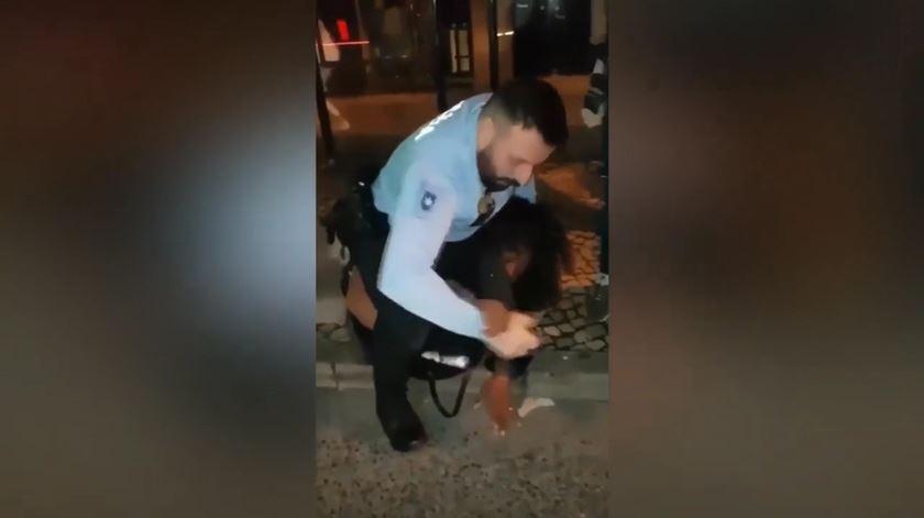 PSP abre investigação a agressão a mulher na Amadora
