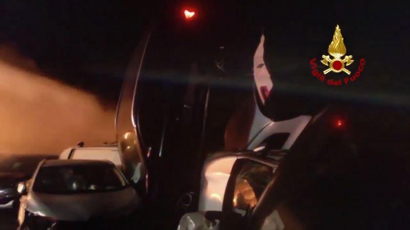 Itália. Centenas de Maserati arderam no porto de Savona