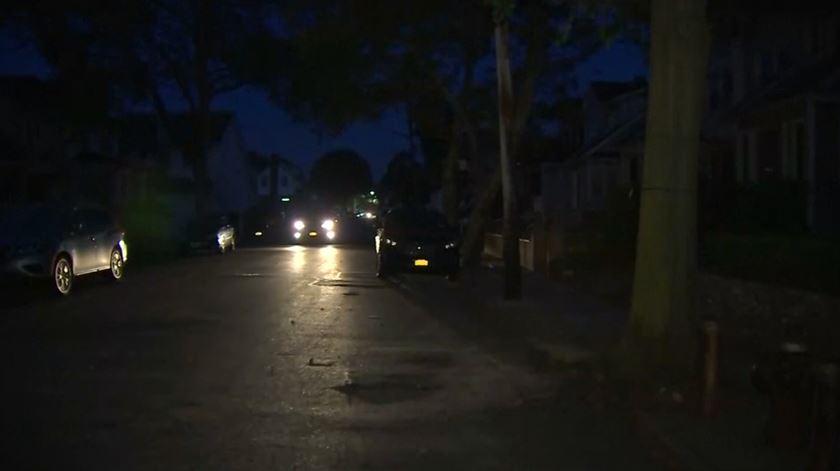 Nova Iorque às escuras durante onda de calor