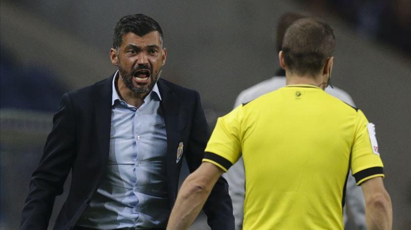 """Blackout"" relativo. Sérgio só analisou goleada ao Porto Canal"