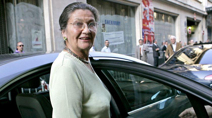 Morreu a primeira presidente do Parlamento Europeu