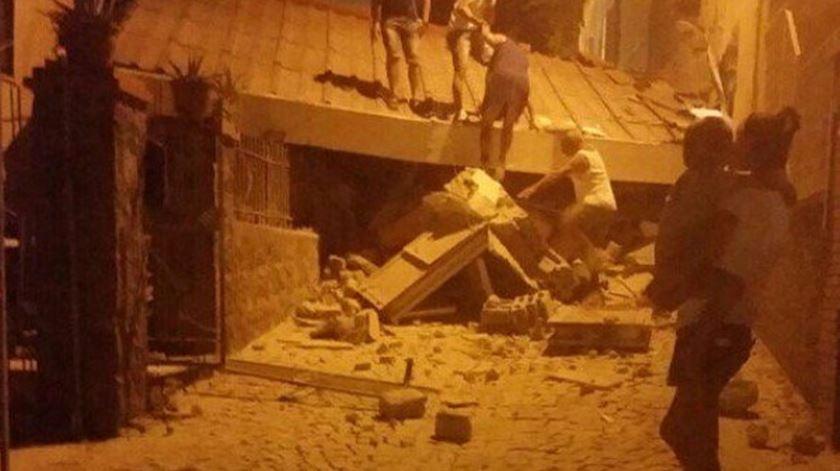 Sismo em Itália provoca vítimas e derrocada de edifícios