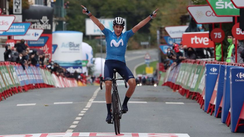 Soler ganha etapa. Roglic reforça liderança