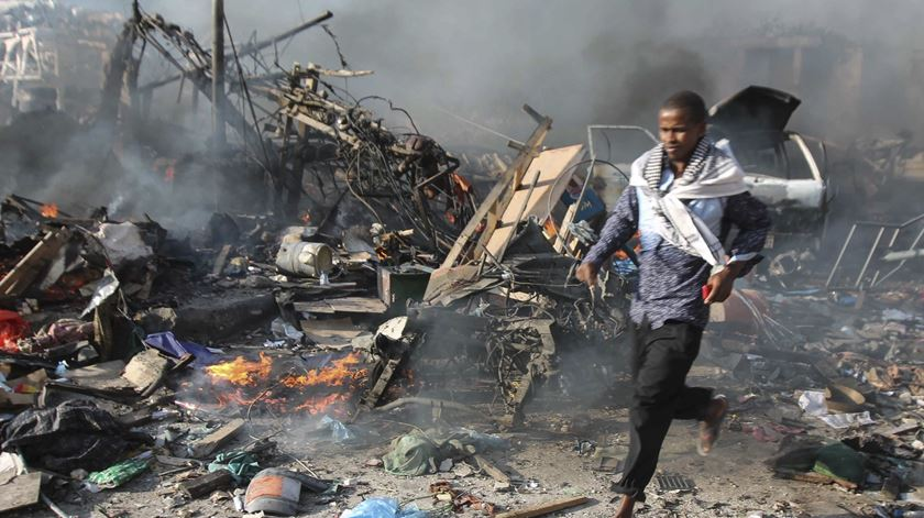 Somália. Centenas de mortos no pior atentado dos últimos dez anos