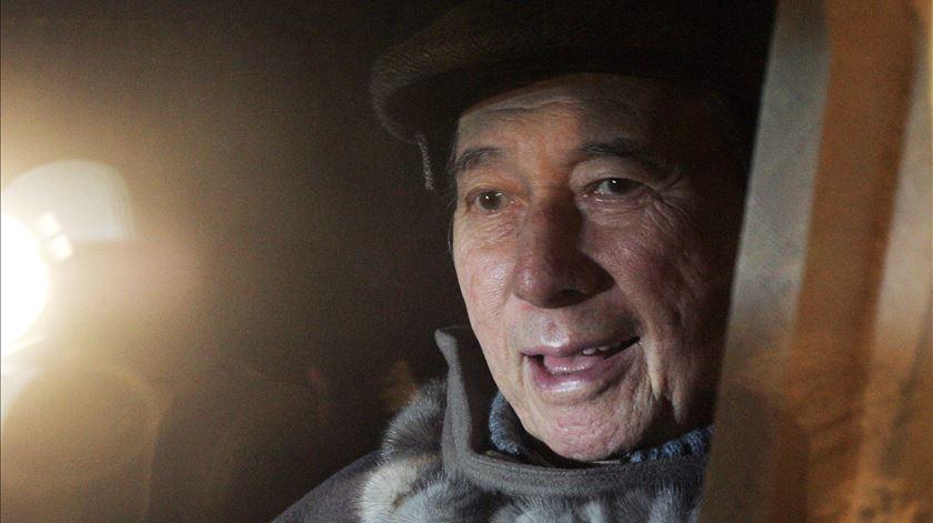 """Stanley Ho: Mitos, perseguições e piratas. Histórias do """"padrinho do jogo"""" de Macau"""
