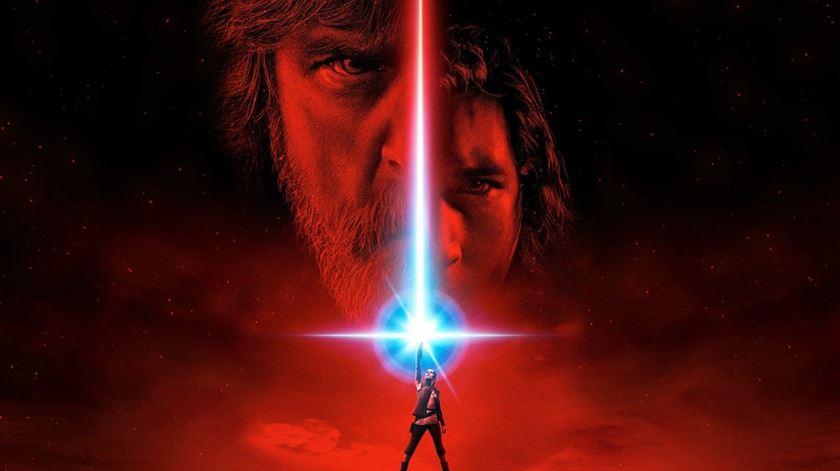 """""""Star Wars: Os Últimos Jedi"""" já tem trailer. E é revelador"""