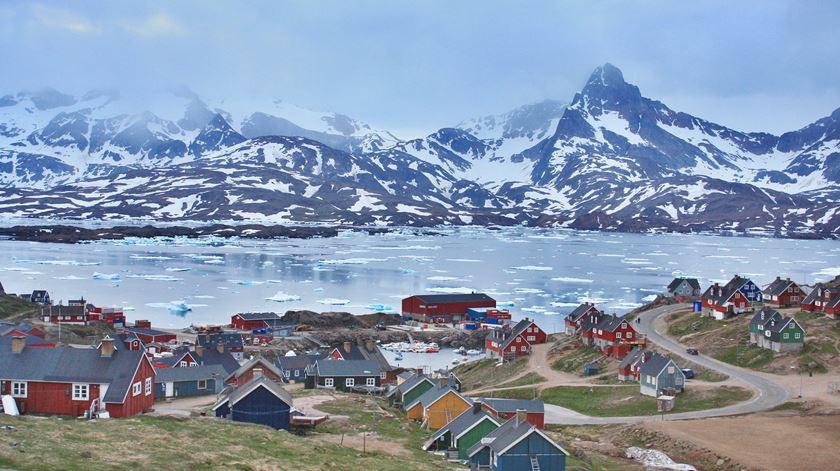 A cidade de Tasiilaq, na Gronelândia. Foto: Chrissy