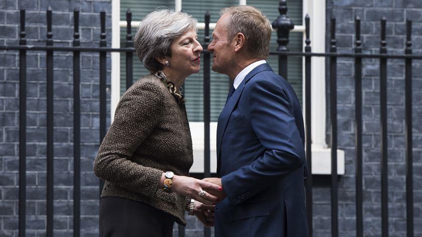 "Tusk avisa May: adiar Brexit ""é possível"" mas só se acordo for aprovado no Parlamento"