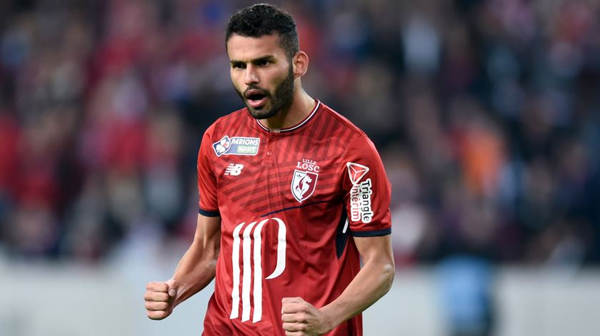 Flamengo confirma contratação de médio do Lille
