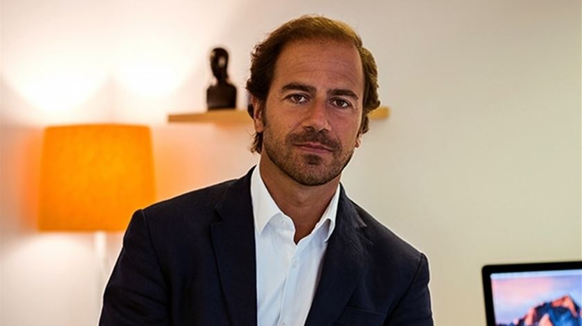 O psiquiatra Tiago Sousa trabalhou sempre com adultos e só agora abraçou este projeto com jovens. Foto: Clínica Nostra