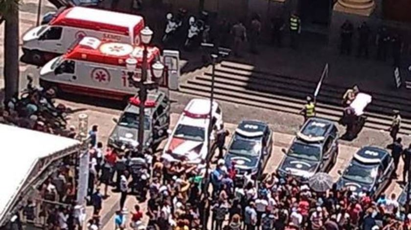 Brasil. Tiroteio em catedral provoca cinco mortos