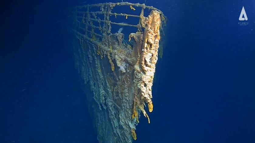 Novas imagens do Titanic mostram que o navio está a desaparecer