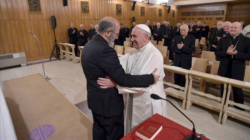 """Papa agradece a Tolentino Mendonça. """"A Igreja não é uma gaiola para o Espírito Santo"""""""