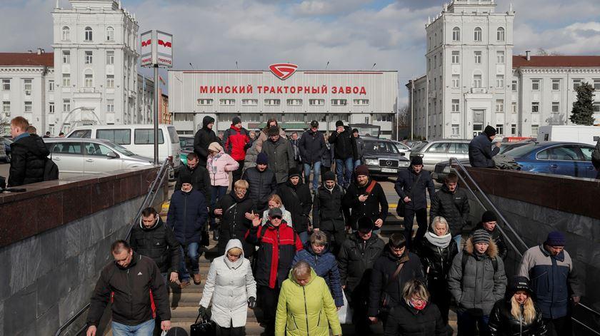 """Coronavírus na Bielorrússia. """"O mundo inteiro está parado e aqui continuamos a viver normalmente"""""""