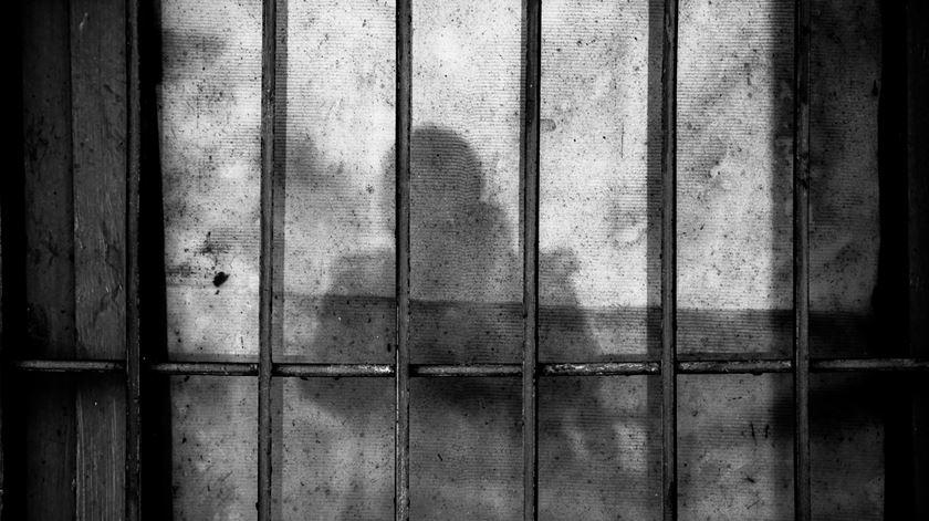 """Mãe do bebé abandonado. """"Prisões nem sempre estão preparadas para dar carinho"""""""