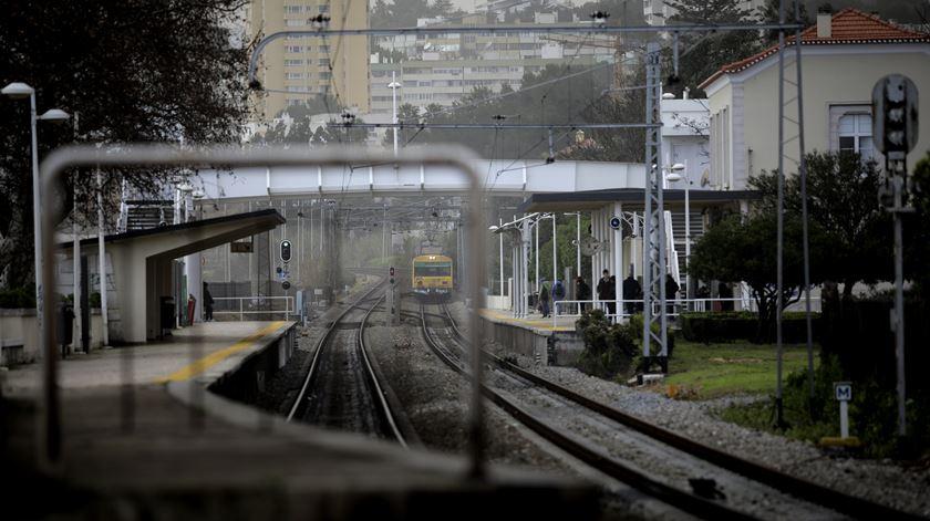 CP alerta para fortes perturbações na circulação de comboios na sexta-feira