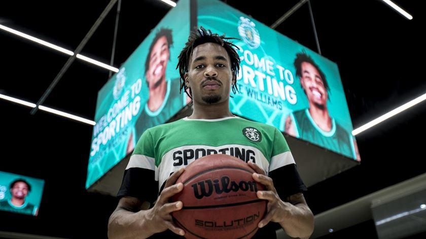 Sporting contrata bicampeão nacional para a equipa de basquetebol
