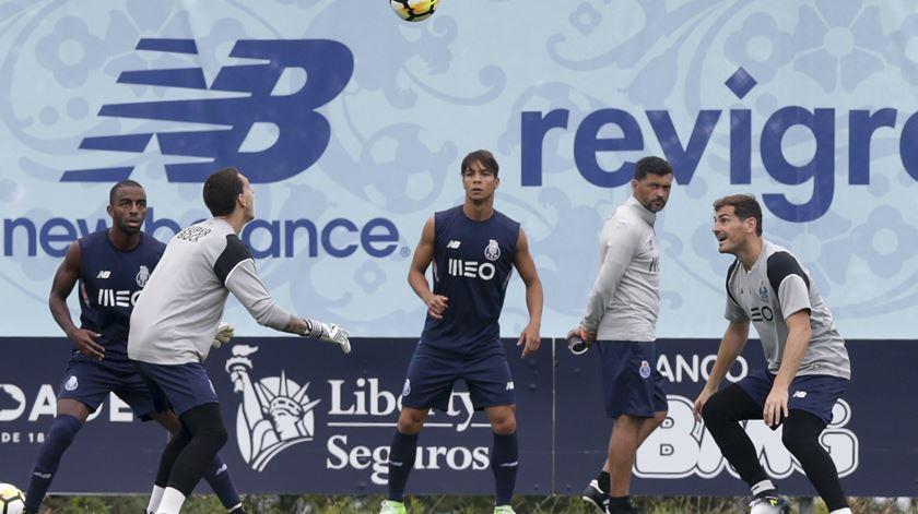 Ricardo Pereira é mais uma dor de cabeça para Conceição