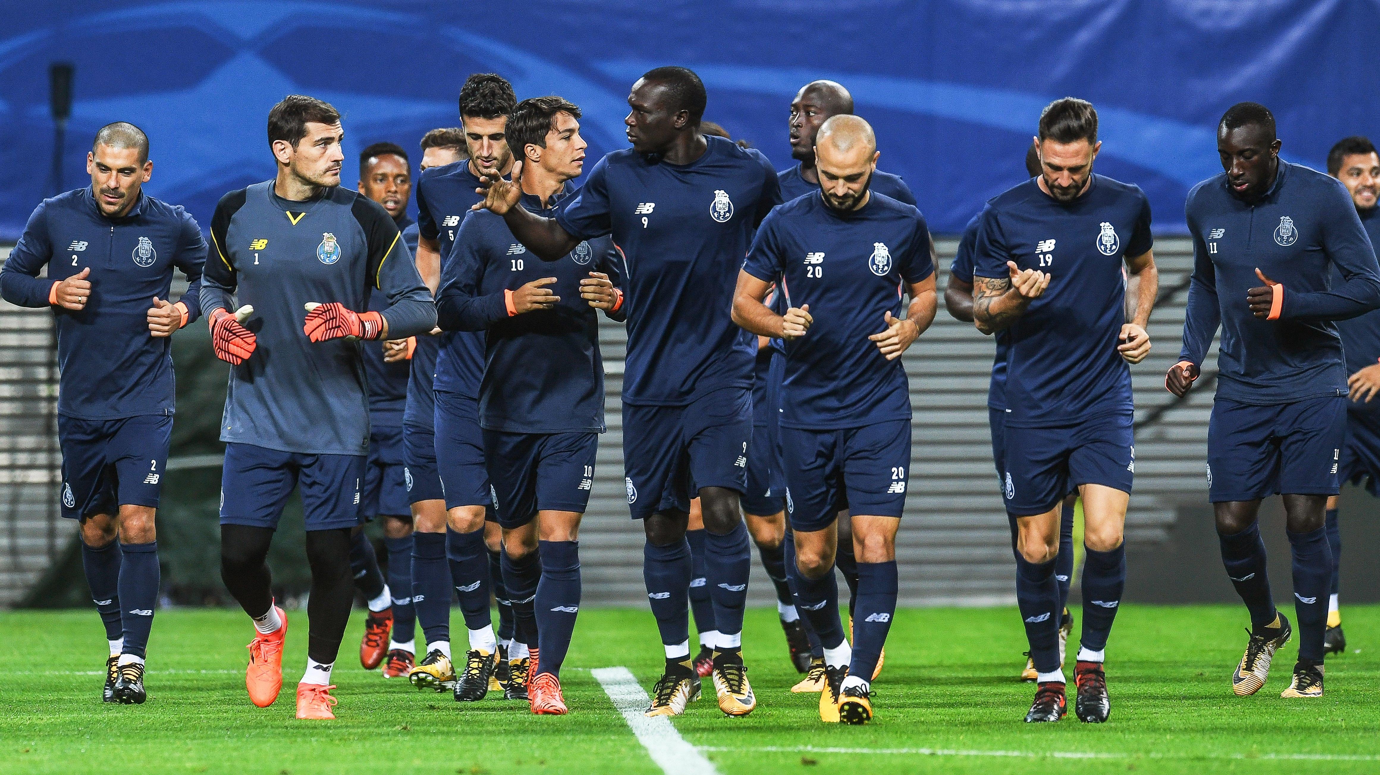 FC Porto goleia Paços de Ferreira (6-1) — Vídeo