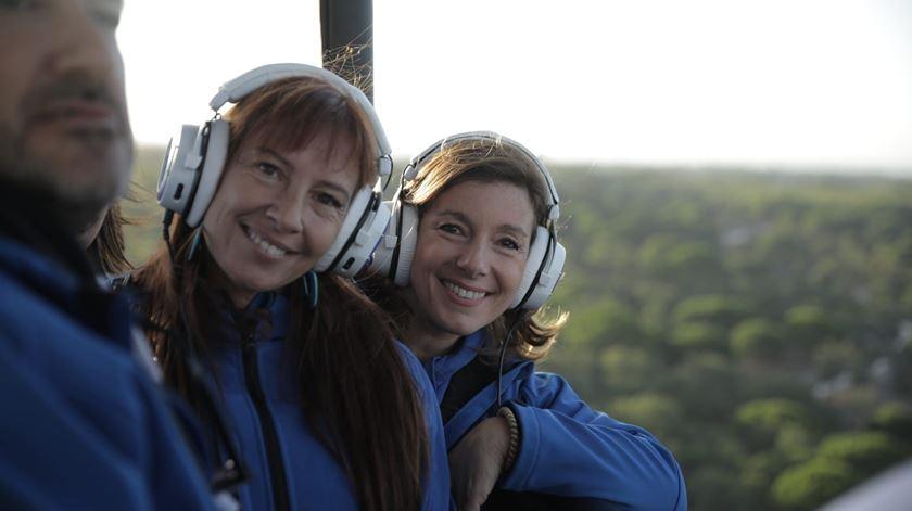 Ana Galvão e Carla Rocha no balão de ar quente Foto: Ricardo Fortunato/RR
