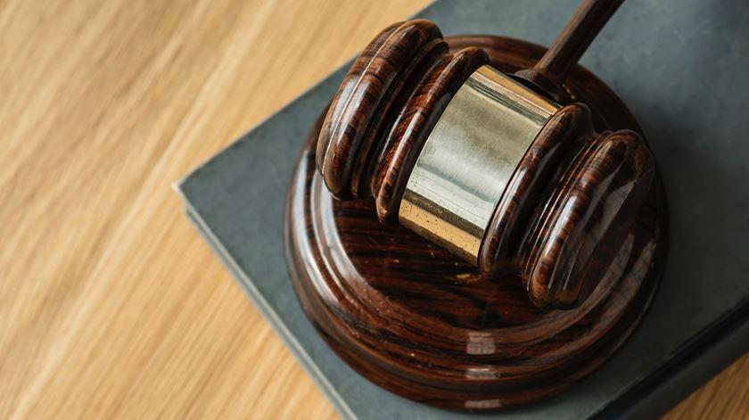 Ministra da Justiça defendeu mudanças no Conselho Superior do Ministério Público, diz PSD