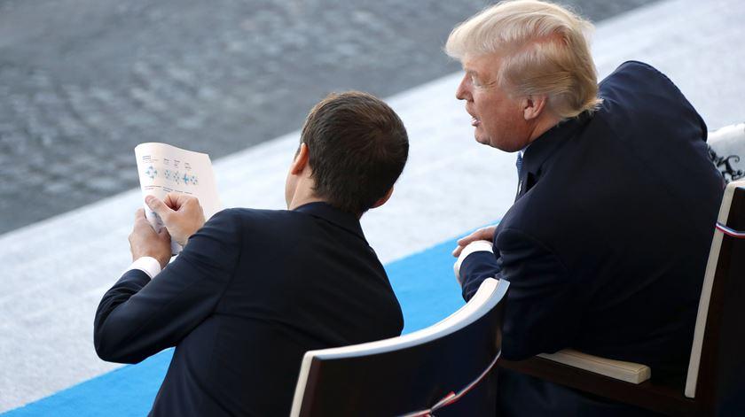 Macron e Trump juntos no Dia da França