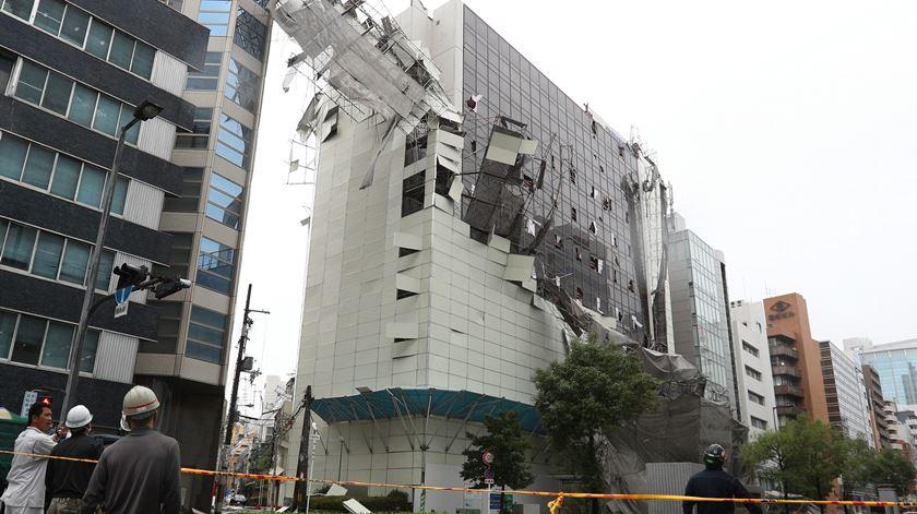 Tufão no Japão faz pelo menos 11 mortos e centenas de feridos